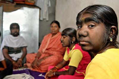 mujeres+con+barba+en+india2