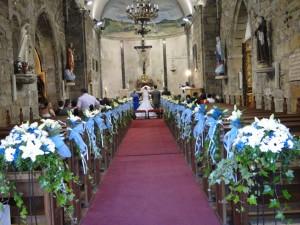 decoracion de iglesia para boda en color turquesa
