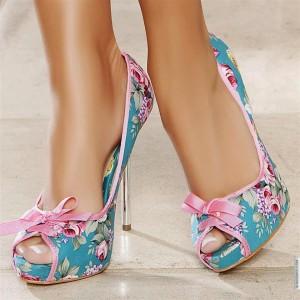 Lindos zapatos estanpados florales