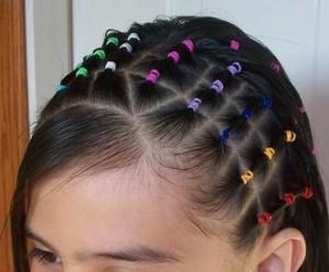peinado con bandas para niñas
