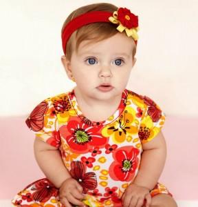 vestido hawaino para bebe en verano
